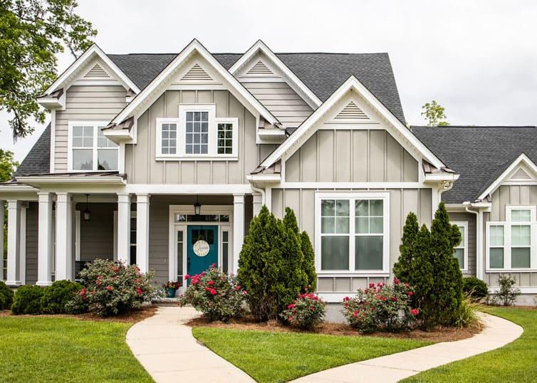 Single family new construction home in a suburban neighborhood
